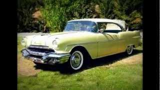 Carros antigos anos 50/60