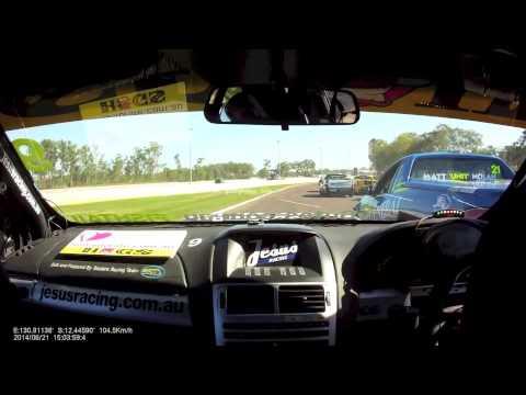 """Onboard Andrew """"Fishtail"""" Fisher - 2014 Darwin Race 1"""