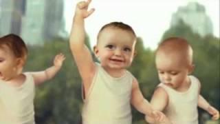 Roller Babies - Evian - Rollerblade Babys - Babies dancing to   Michael Jackson ♥ -  BEAT IT