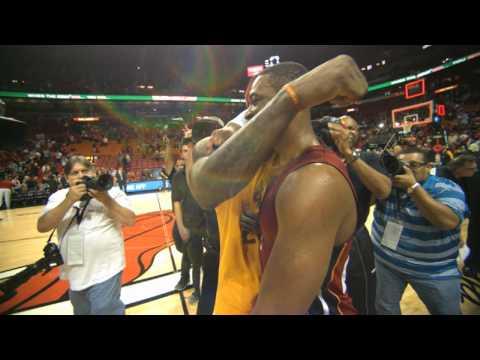 The Best Super Slow-Mo Shots from NBA Christmas Day 2014