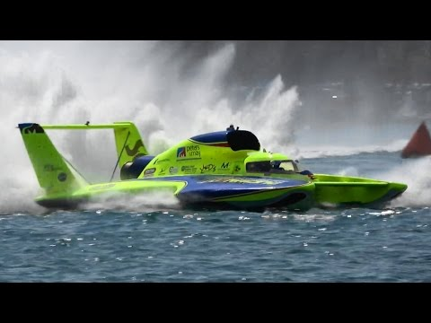 3,000 HP 200 MPH Boats With Helicopter Engines   Detroit Hydrofest
