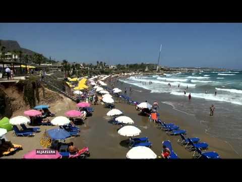 Greeks petition against coastal development