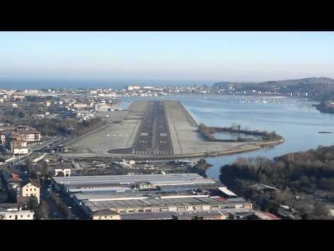 Despegue y Aterrizaje en Aeropuerto de Hondarribia (LESO/EAS) 31 de Diciembre