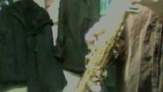 Playing on the soprano sax. Support me on Patreon!: https://www.patreon.com/muta1206 web: http://www.muta-sax.com twitter: http://twitter.com/galop ...