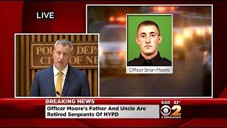 Mayor De Blasio Speaks On Death Of NYPD Officer Brian Moore