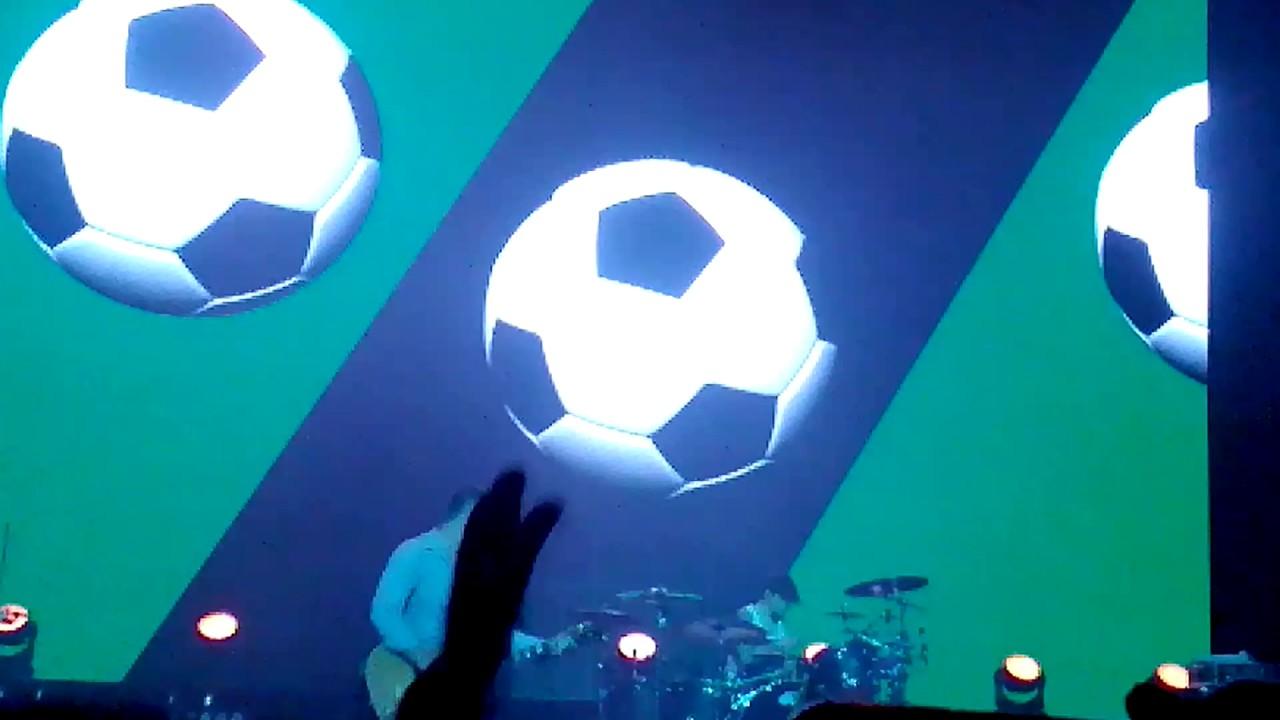 Интернет-магазин megasport предлагает выгодные цены на профессиональные гандбольные мячи известных брендов в москве.