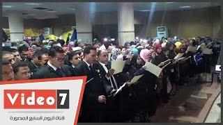المئات من خريجى كليات الحقوق يؤدون اليمين أمام نقيب المحامين