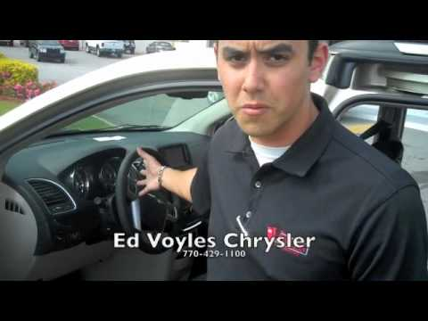 2011 chrysler town and country ed voyles your georgia chrysler dealer youtube. Black Bedroom Furniture Sets. Home Design Ideas