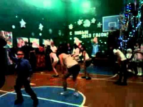 PSY-GANGNAM STYLEНовый год,танец 9 класса
