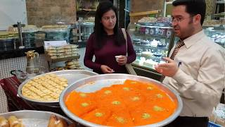 Arabic Sweets from Dubai/ Abu Dhabi/ UAE , Let's taste them!