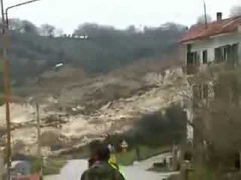 Massive Landslide in Italy Caught on Video Travel Video