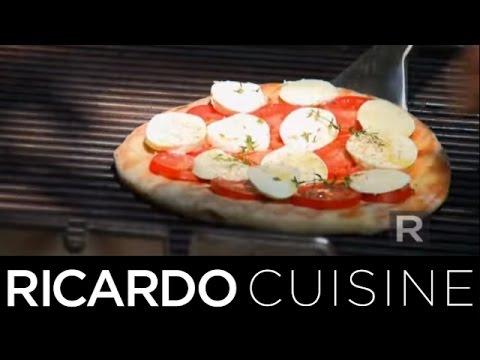 comment-cuire-une-pizza-sur-le-barbecue