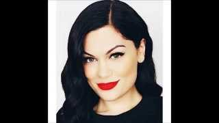 Jessie J Flashlight Original Audio, No High Pitch.mp3