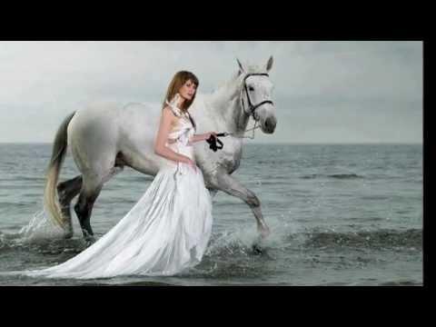 women  &  horses.wmv thumbnail