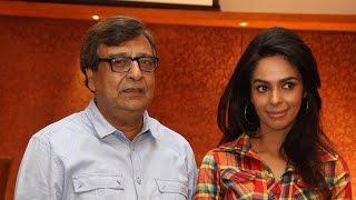 Mallika Sherawat in