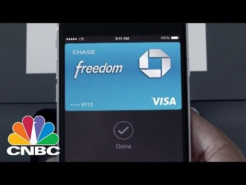 Apple Pay Explained | Tech Bet | CNBC