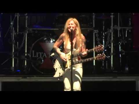 """Close My Eyes Forever"" Lita Ford@Santander Arena Reading, PA 4/1/16"