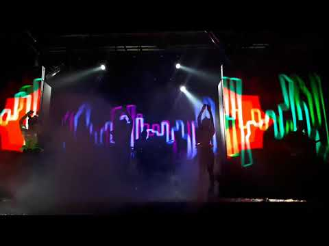 Thailand Band Dance Show