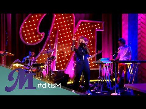 "RONDÉ - ""Freed From Desire"" (LIVE) | Margriet van der Linden"