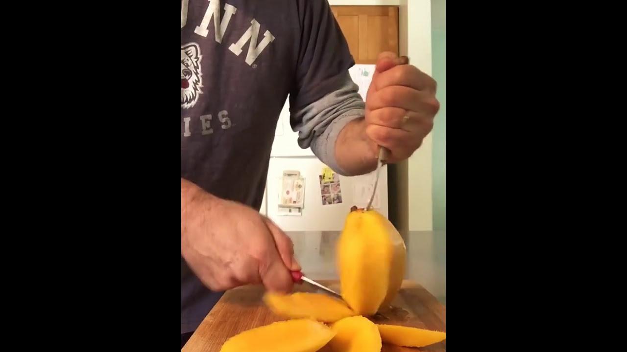 Proper Way To Skin A Mango