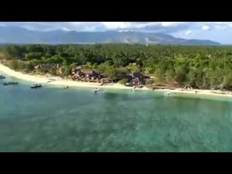 The tiny island of Gili Meno is the smallest and most peaceful of the three Gili Islands