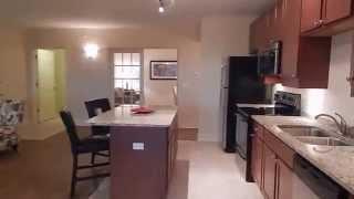 Two Bedroom + Flex Room Apartment | Des Plaines, Il | River 595 Luxury Apartments