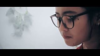 Happy Ending SKA  -  Tak Butuh ( Official VideoClip )