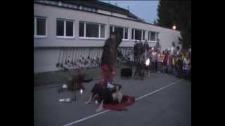 Feuerkünstler - Fakir - Gaukler - Glasscherben - Nagelbrett Kindervorstellung Teil 1