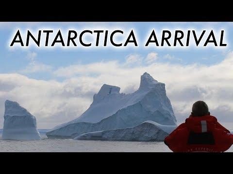 Arriving at Antarctica via Drake Passage (timelapse)