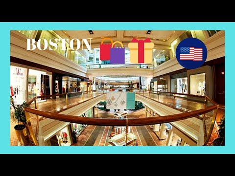 BOSTON, the luxurious American SHOPPING MALL of COPLEY PLACE in the winter