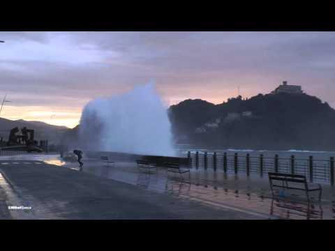 Espectacular Oleaje en Donostia
