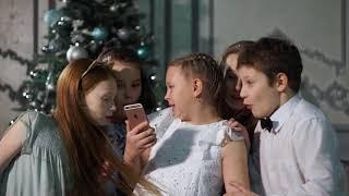 Новогодний клип от екатеринбургских школьников