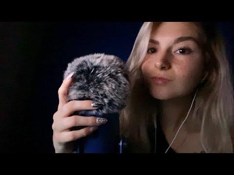 ASMR in the dark 😴 tingly tapping, fluffy mic brushing, breathy whispersKaynak: YouTube · Süre: 20 dakika20 saniye