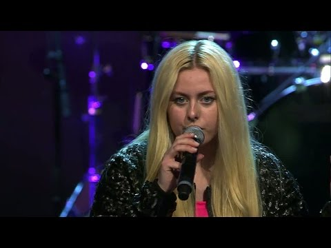 Karolina Westberg sjunger Addicted To You i solomomentet av Idols slutaudition - Idol Sverige (TV4)
