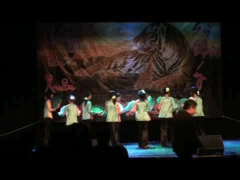 vũ khúc Thương Quá Việt Nam