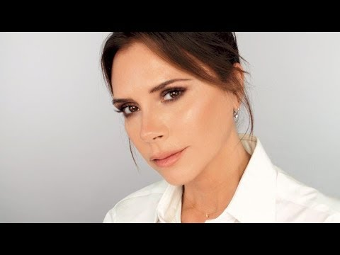 Victoria Beckham does MY Makeup (and I do hers!) thumbnail