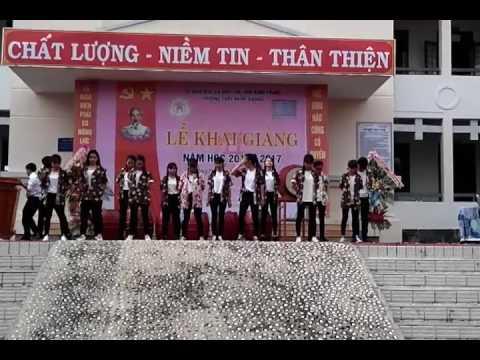 D1-K9 trường THPT Hùng Vương khai giảng năm học 20