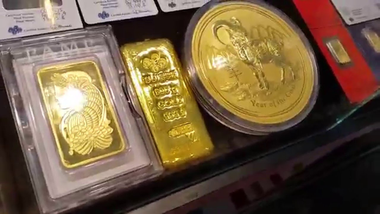 Gold Coin 1 Kg 41 000 Dollars Gold Souk Dubai Youtube