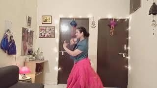Simple steps on Mehndi hai rachne wali wedding choreography