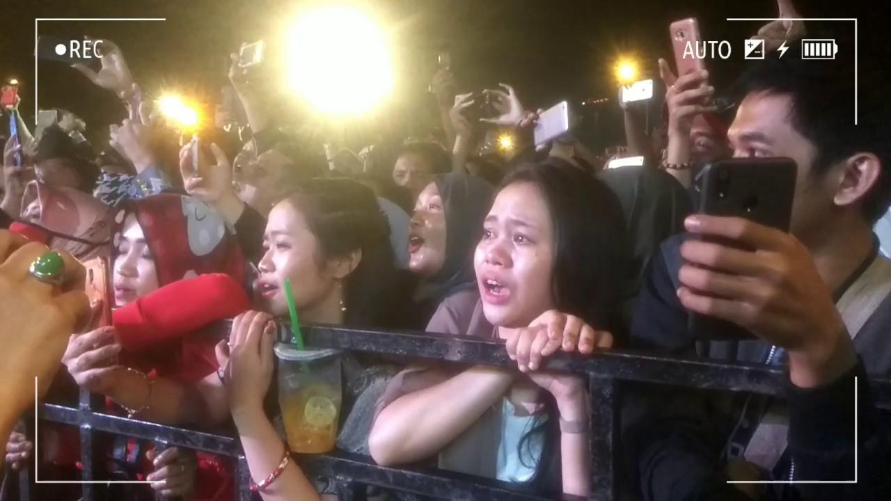 Lord Didi Kempot Mangkunegaran Solo Konser Ambyar Youtube