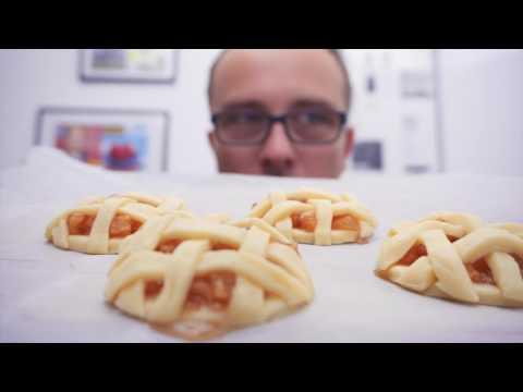 FUDLOG - Mini jabolčne pite s karamelo