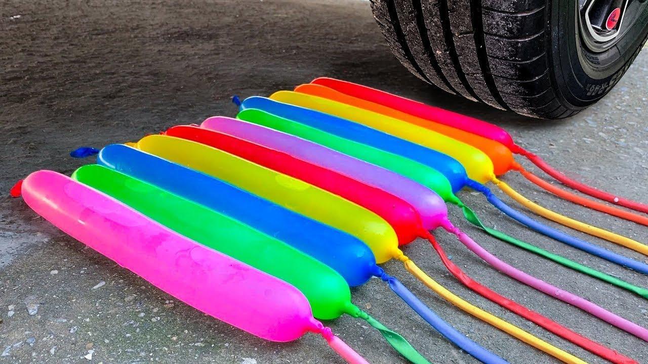 Aplastando cosas crujientes y suaves en coche EXPERIMENTO: Car vs Coca Cola, Fanta, Mirinda Balloons