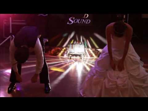Pretty Cool Surprise Brother/Sister Dance at a wedding!!! A must see!!!