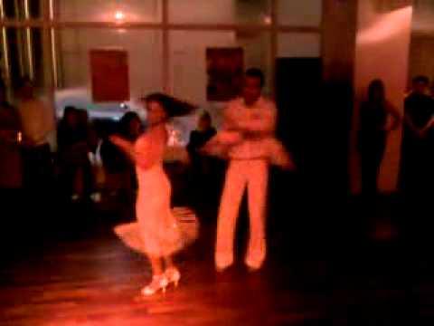 Salsa Tanzen in München - Salsamás Munich - Arinana