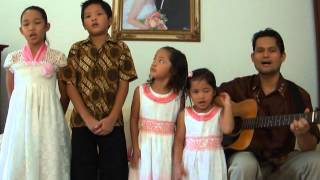 I just keep trusting my lord - Frank Mantiri and Family - AIU Thailand