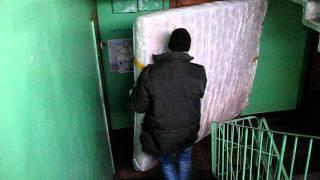 Перевозка мебели при квартирном переезде(Видео про квартирный переезд. Перевозка мебели при квартирном переезде., 2012-02-09T14:14:01.000Z)