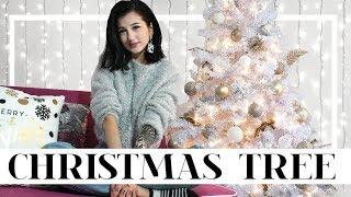 Στολίζουμε το Χριστουγεννιάτικο δέντρο • Venetia Kamara