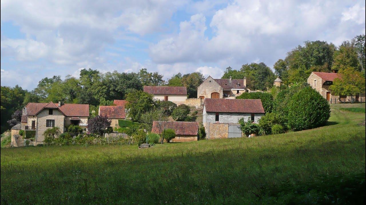 Travel France Gardens of Manoir d Eyrignac Chateau de Fenelon