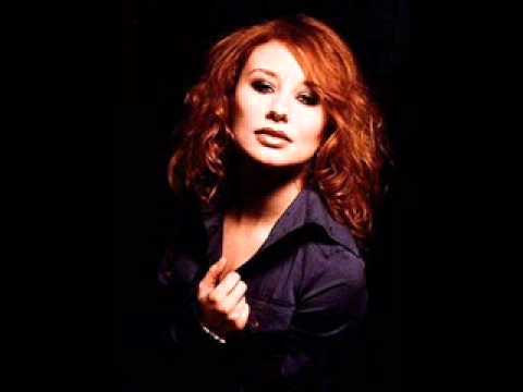 Silent All These Years - Tori Amos ft Leonard Cohen - Little Earthquakes