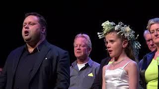"Amira Willighagen and Paul Potts sing ""Con Te Partiro"" 19-11..."
